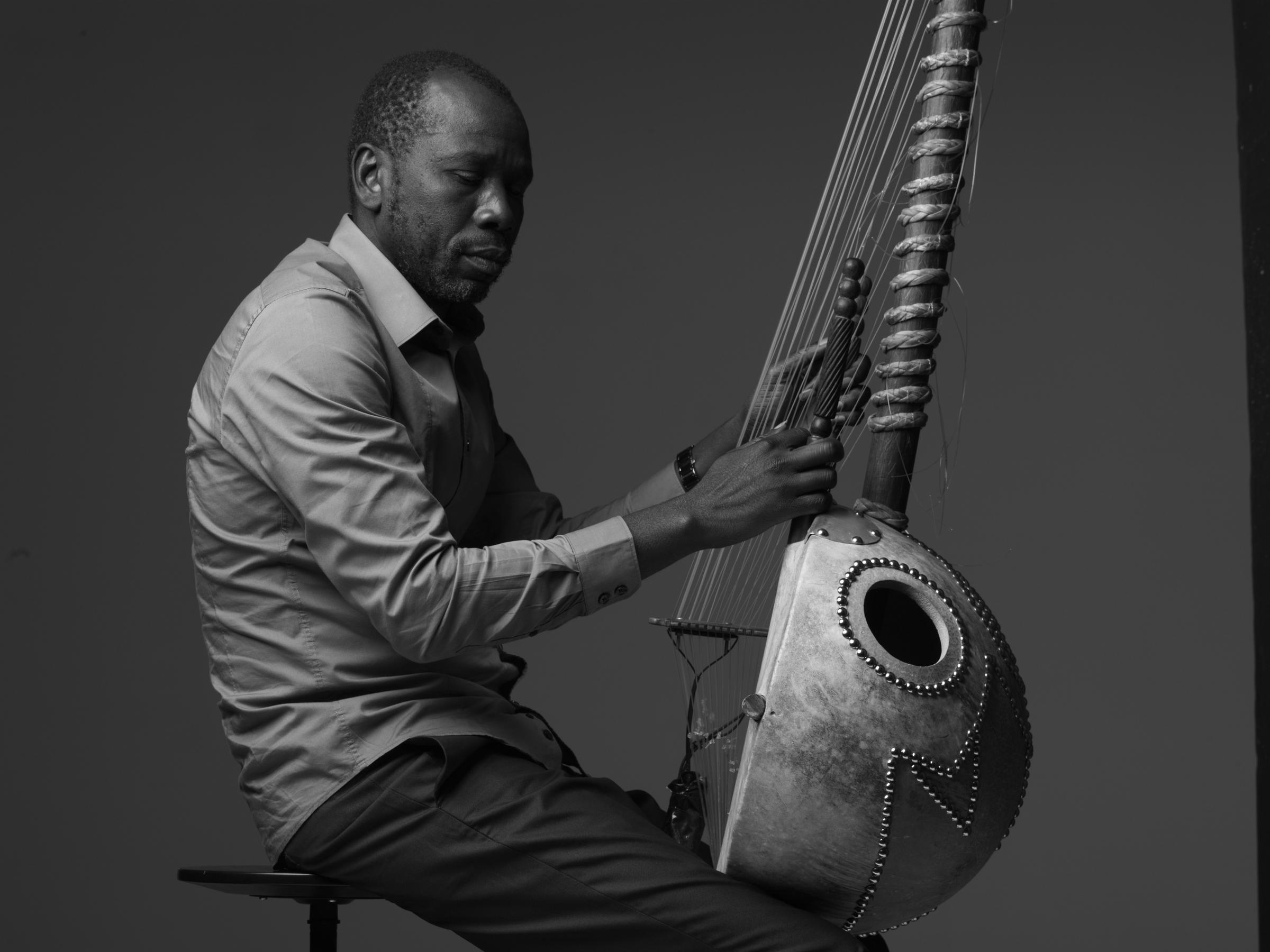 Prominent Malian Musician Alleges That TSA Destroyed His Instrument