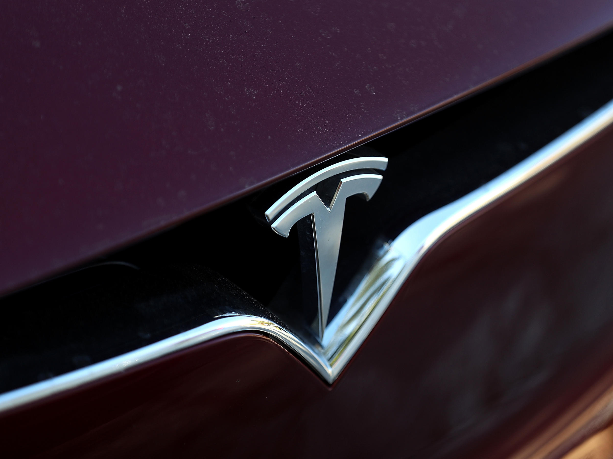 NTSB: Tesla Autopilot, Distracted Driver Caused Fatal Crash