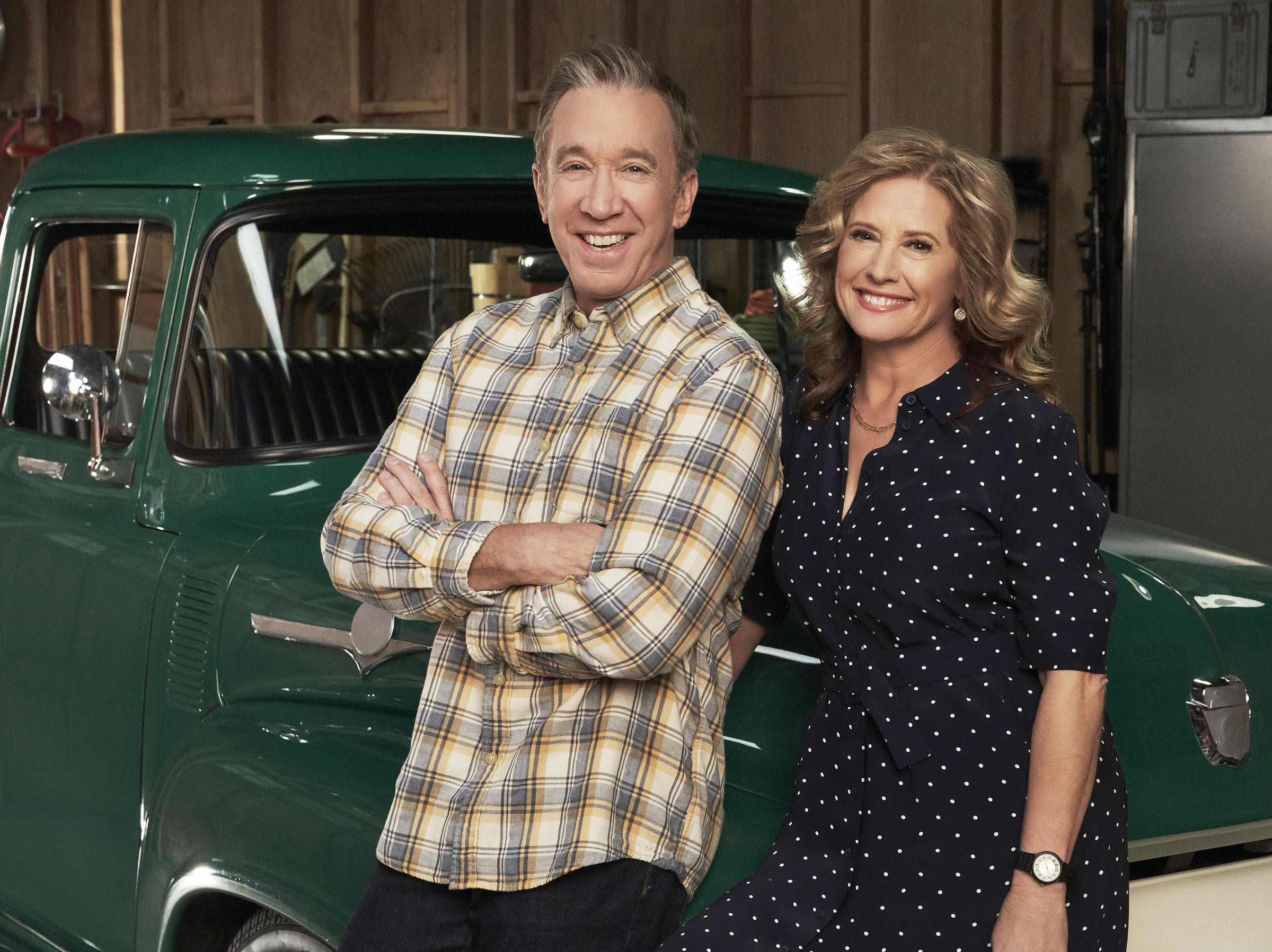 Fox officially renews resident and last man standing