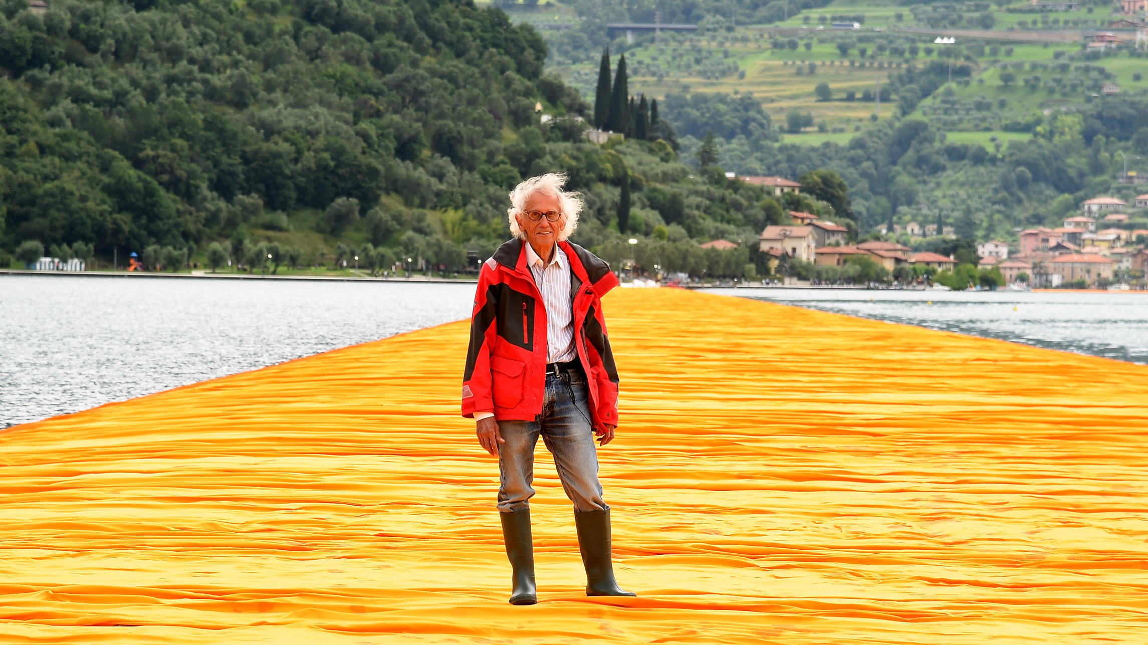 Christo, Bulgarian Artist Who Wrapped Landmarks, Dies at 84