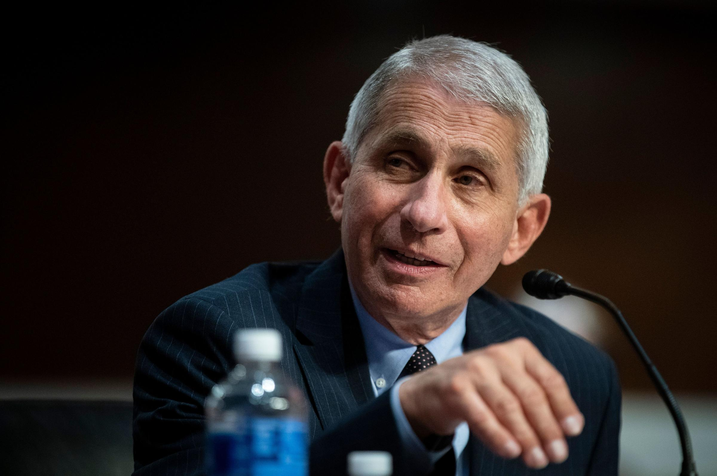 White House officials raise questions about Fauci