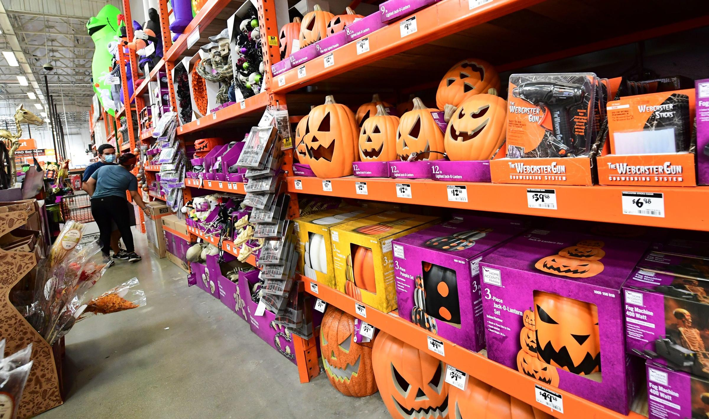 Alhambra Halloween 2020 Halloween 2020: Tips To Stay Safe But Have Fun | NPR Illinois