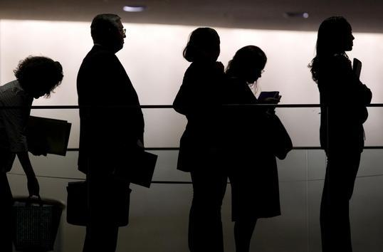 Claims for unemployment rise again as virus spread increases