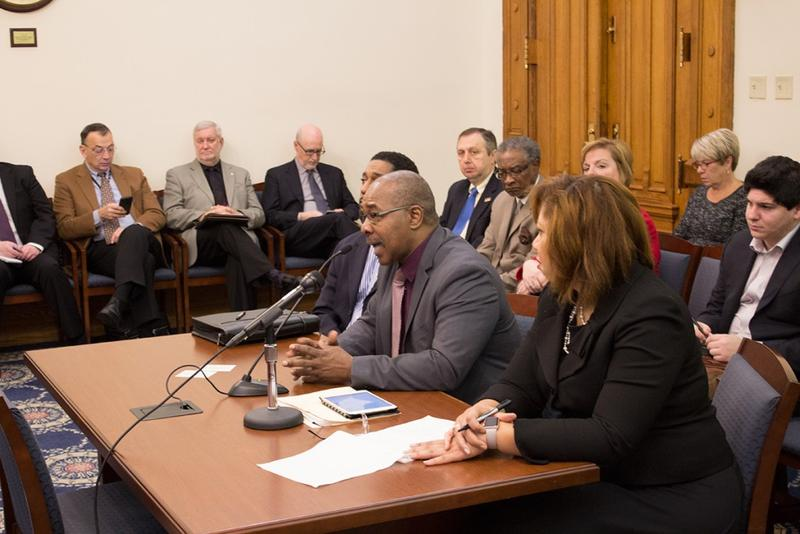 East Chicago Mayor Anthony Copeland, center, testifies before the state Senate Appropriations Committee. (Nick Janzen/IPBS)