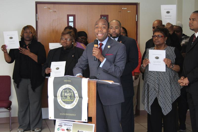 NAACP President Cornell Brooks addresses the media ahead of EPA Administrator Pruitt's visit to East Chicago. (Annie Ropeik/IPBS)