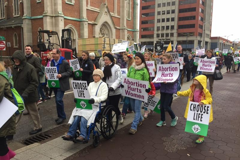 Hundreds march up Capitol Ave. in Indianapolis for a pro-life event. (Jill Sheridan IPB News)