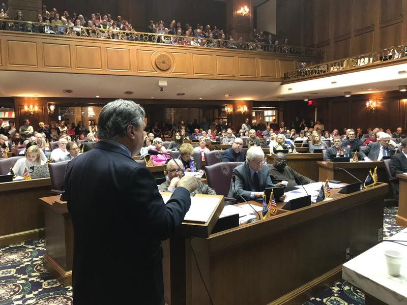 Redistricting reform advocates pack the Indiana House Chamber during a 2017 committee hearing. (Brandon Smith/IPB News)