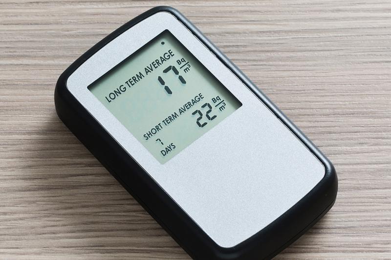 A digital radon detector (CKristiansen/Wikimedia Commons)