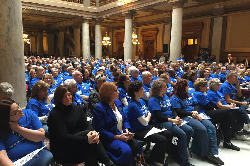 Hundreds of CASA workers gather at the Statehouse. (Jill Sheridan/IPB News)