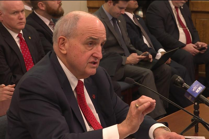 Indiana University President Michael McRobbie testifies before the Senate Appropriations Committee. (Zach Herndon/WTIU)