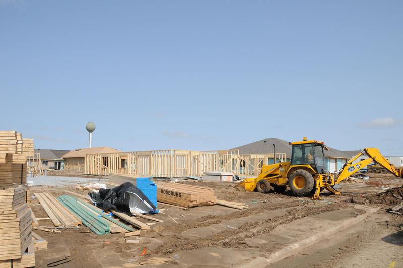 New homes being built in Greensburg, Kansas, 2008 (FEMA/ John Shea)