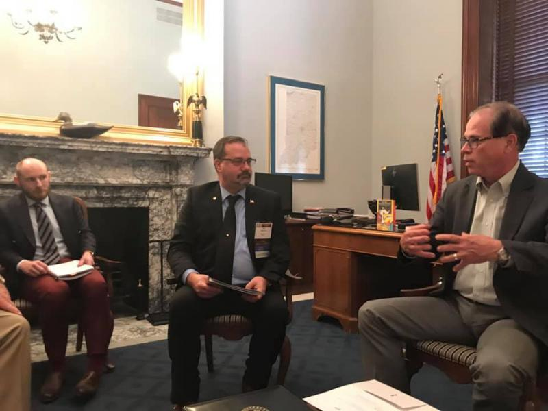 Midwest IEC President Don Hulsey discusses merit shop and small business issues with U.S. Sen. Mike Braun (R-Ind.) in Washington this week. (Courtesy of Independent Electrical Contractors)