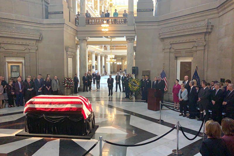Former Sen. Richard Lugar (R-Ind.) lies in state at the Indiana Statehouse. (Brandon Smith/IPB News)