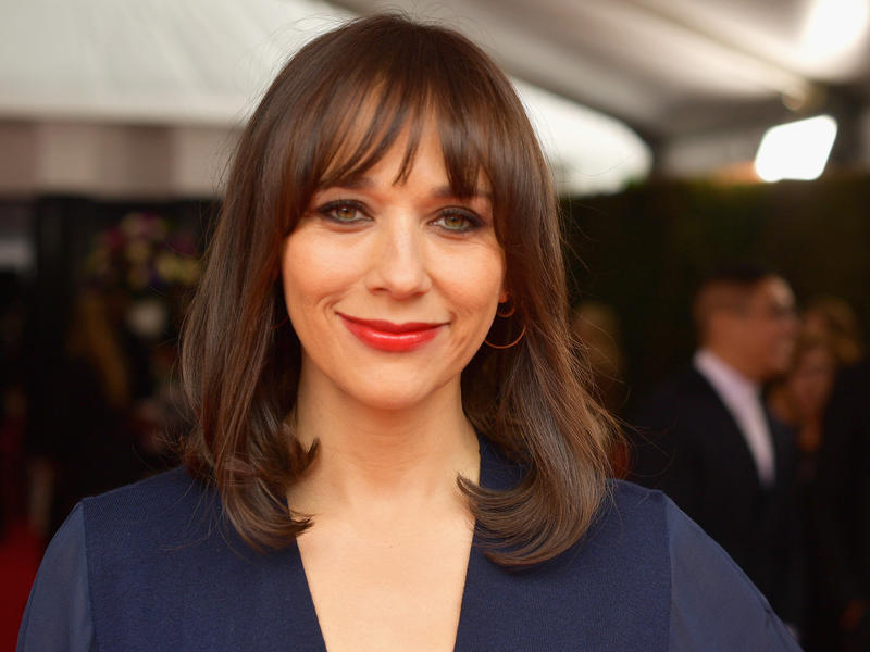 "Rashida Jones says that growing up with two famous parents (Quincy Jones and Peggy Lipton) gave her a ""very healthy perspective on fame."" She's pictured above at the 2019 Annual Grammy Awards in Los Angeles, Calif."
