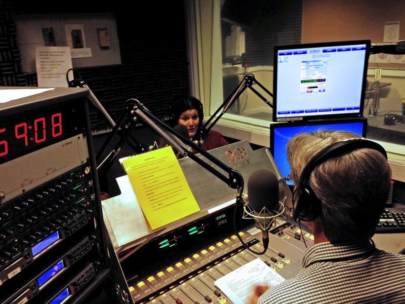 Mara Davis and Steve Goss talk Atlanta music.