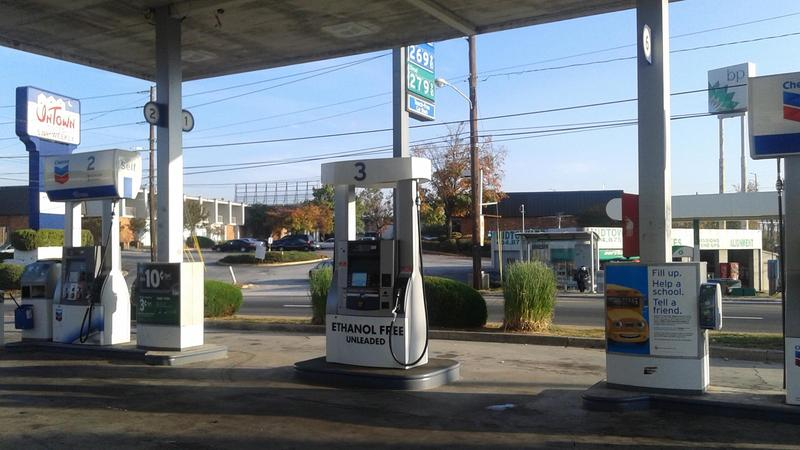 Gas Prices Atlanta >> Could Atlanta Gas Prices Fall Below 2 By Summer Wabe 90 1 Fm