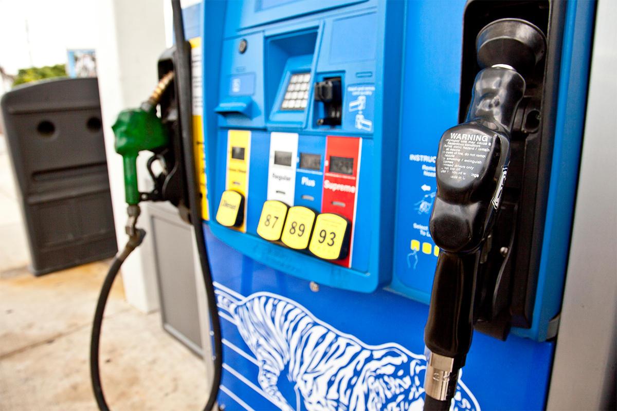 Gas Prices Atlanta >> Gas Prices Rise In Metro Atlanta To 2 14 Per Gallon Wabe
