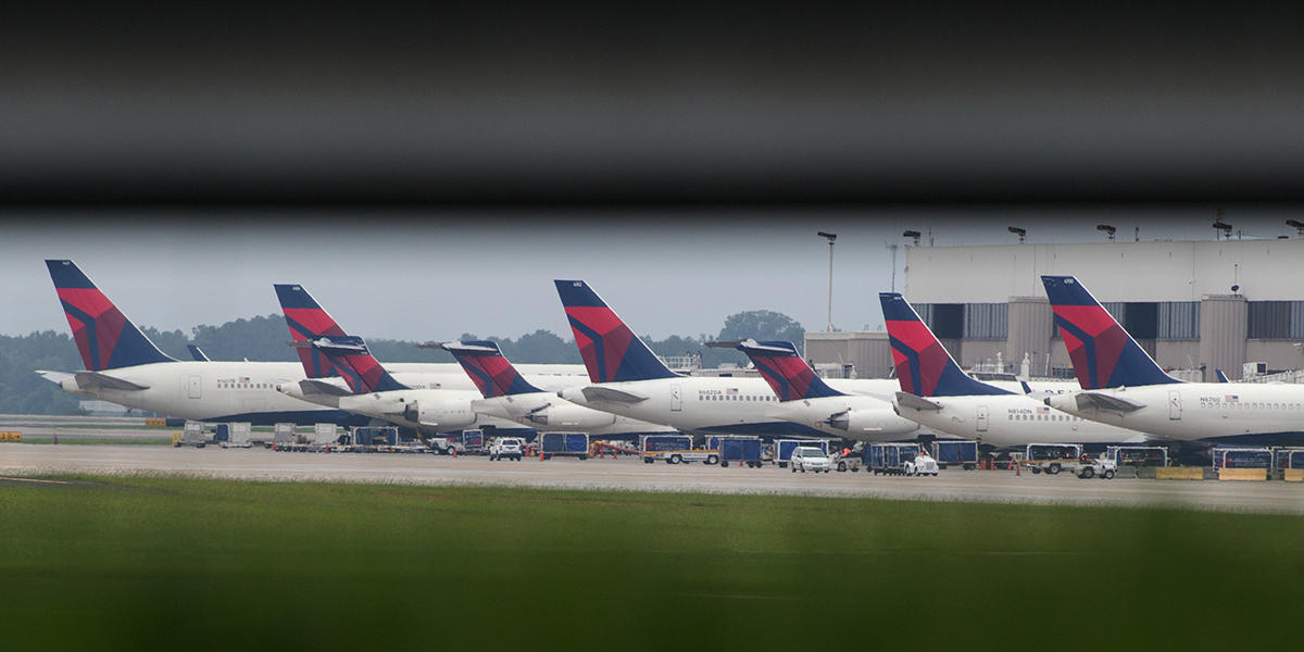 Delta, American Bring Back Free Meals On Some Flights | WABE