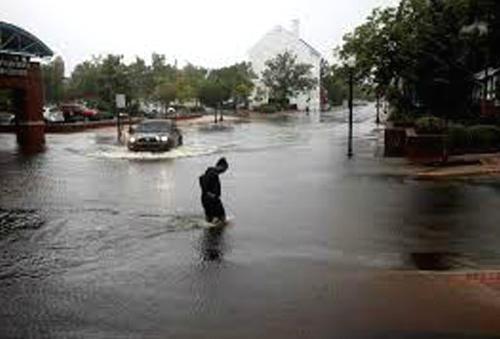 Hurricane Dorian devastates Bahamas, reaches Florida