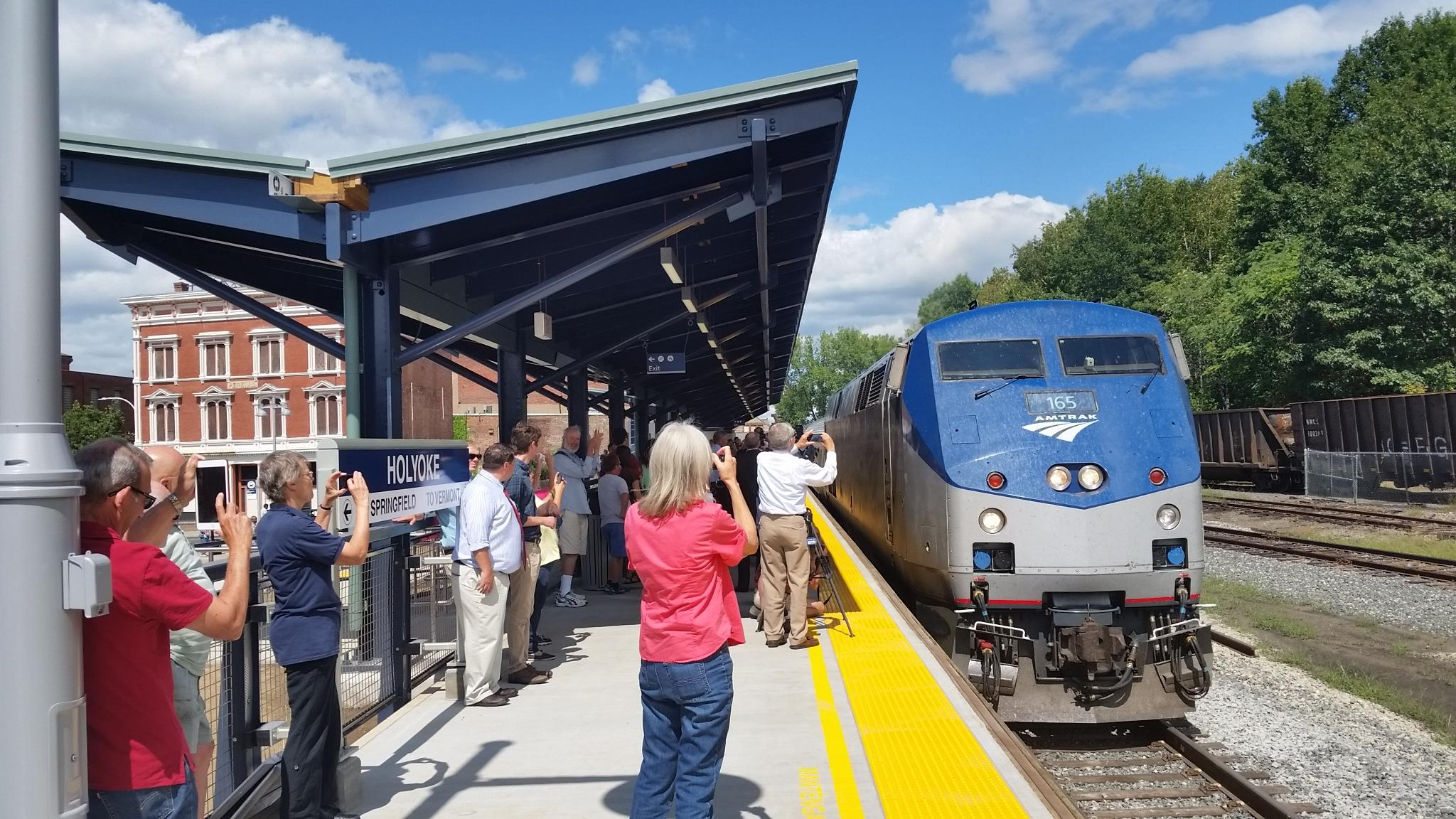 Commuter Trains To Run North Of Springfield Starting In 2019 | WAMC