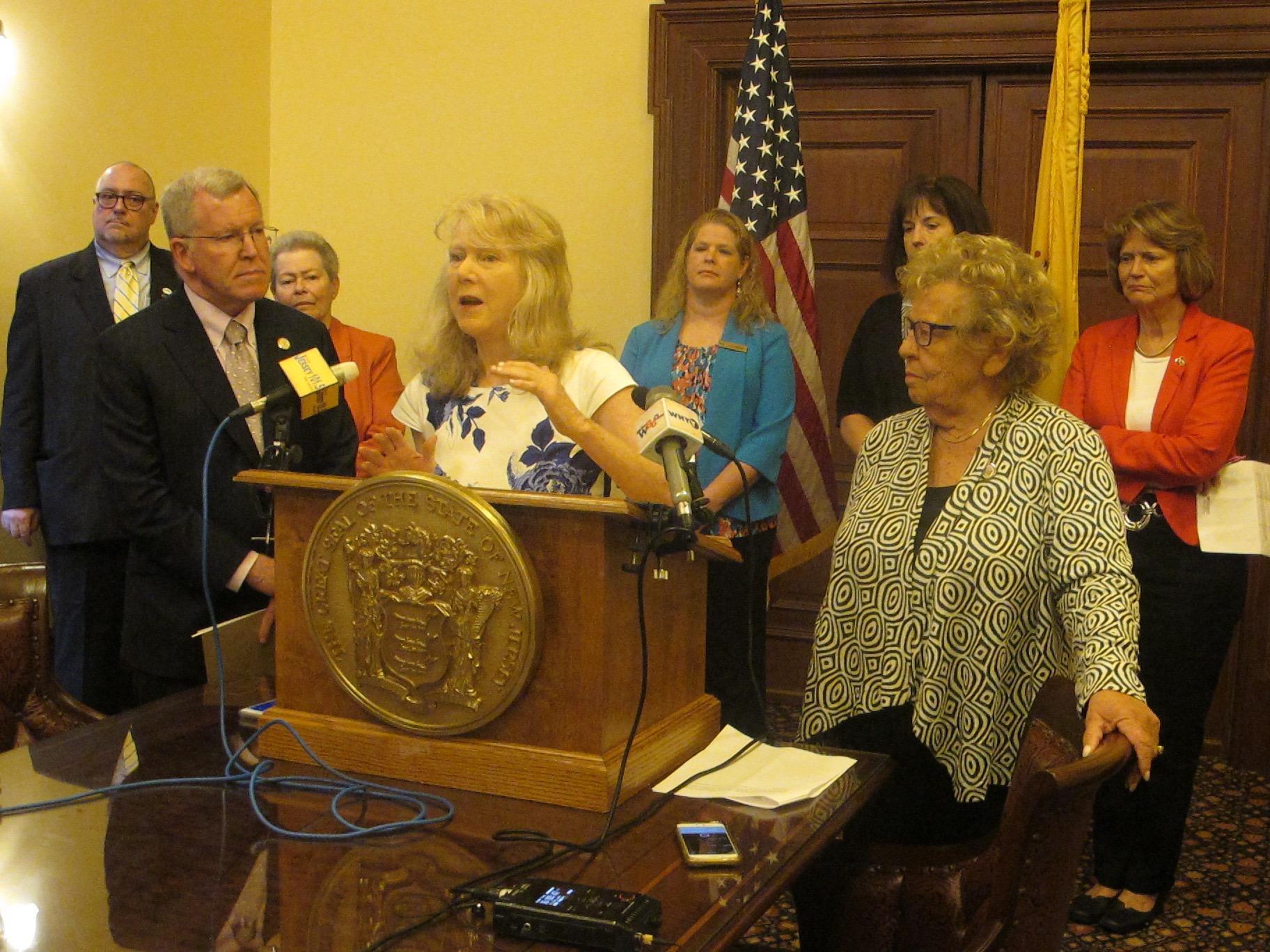 Action Urged To Resolve Backlog In Approving NJ Nursing