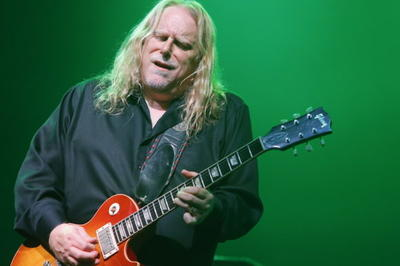 2020 Christmas Jam Warren Haynes Cancels 2019 Christmas Jam, Promises Return In 2020