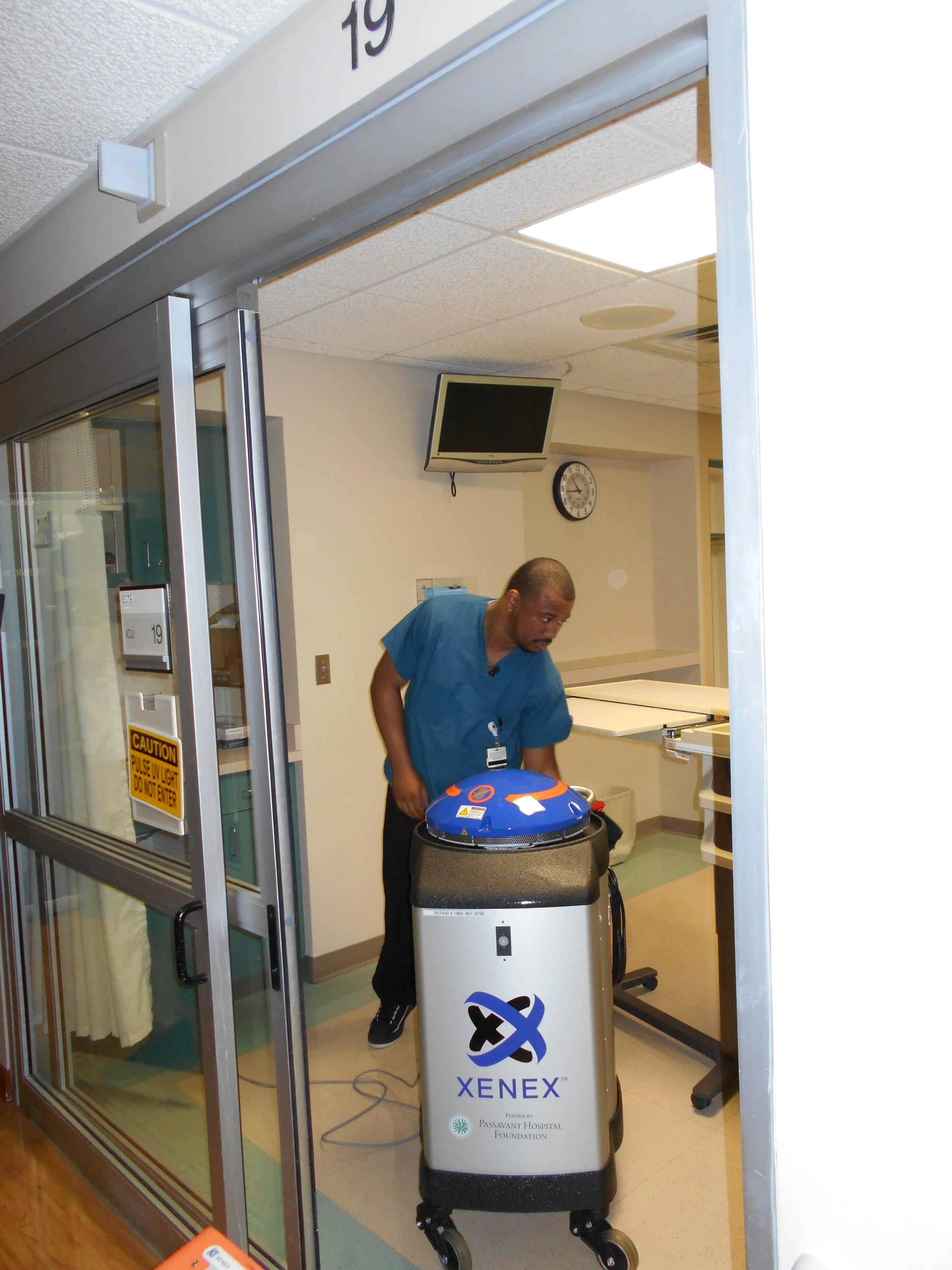 UV Robots Zap Germs in UPMC Hospitals | 90 5 WESA