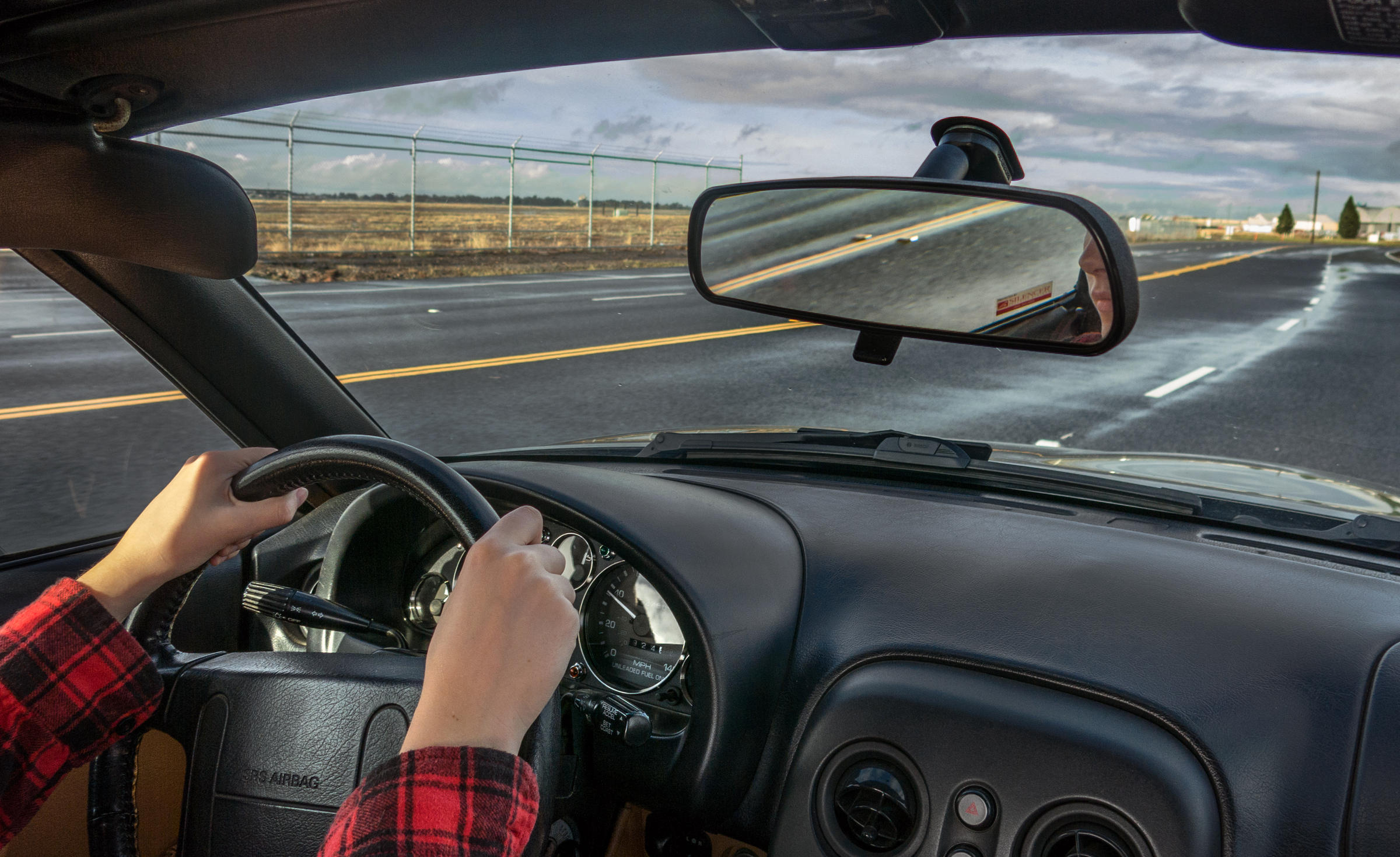 Behind The Wheel >> Behind The Wheel Hands Free Devices Are Still Distracting