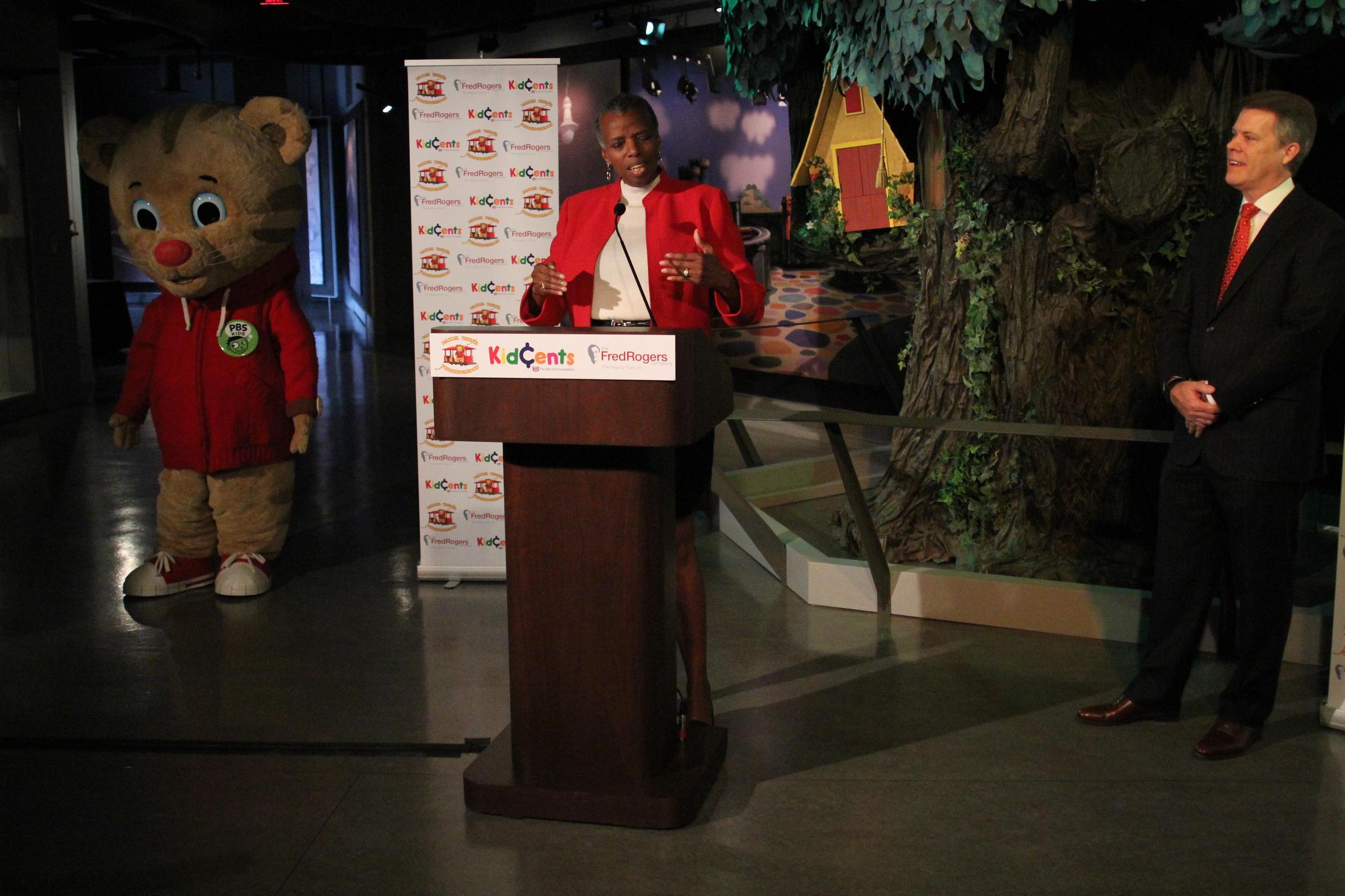 Rite Aid Foundation To Underwrite Daniel Tiger S Neighborhood 90 5 Wesa