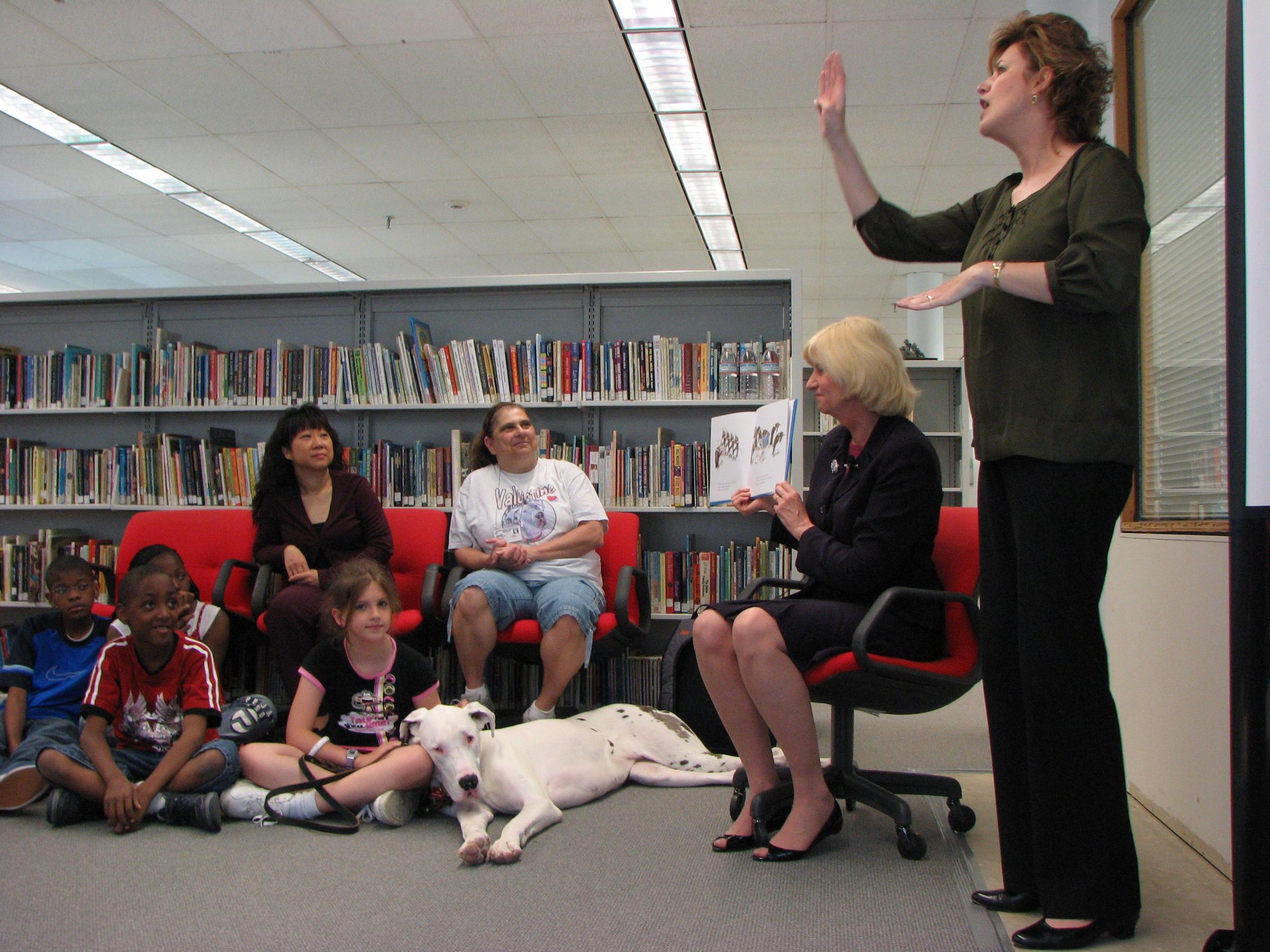 Florida House Passes ASL Interpreters Bill Unanimously | WFSU