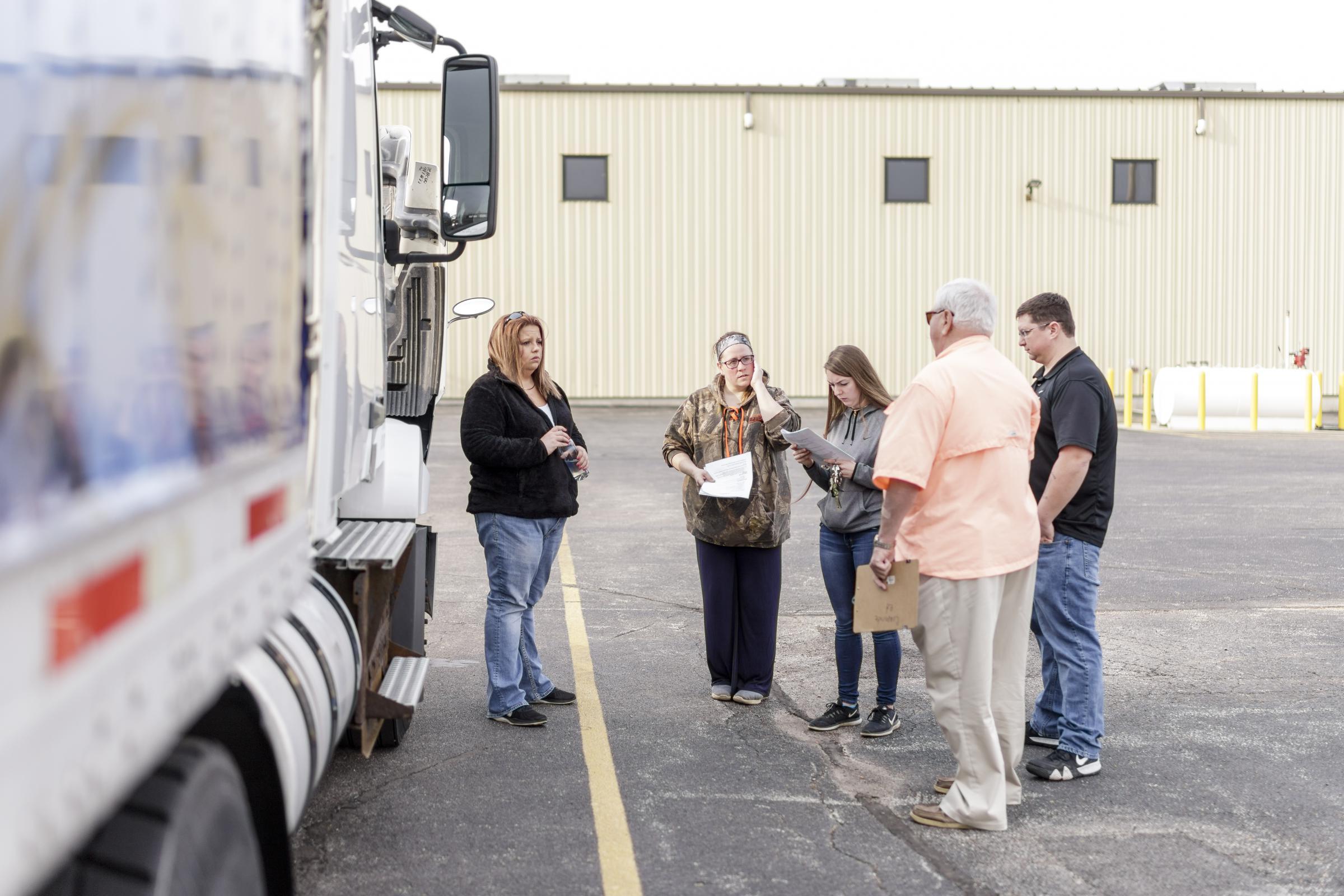 Women Truck Drivers Proving Their Mettle | WGLT