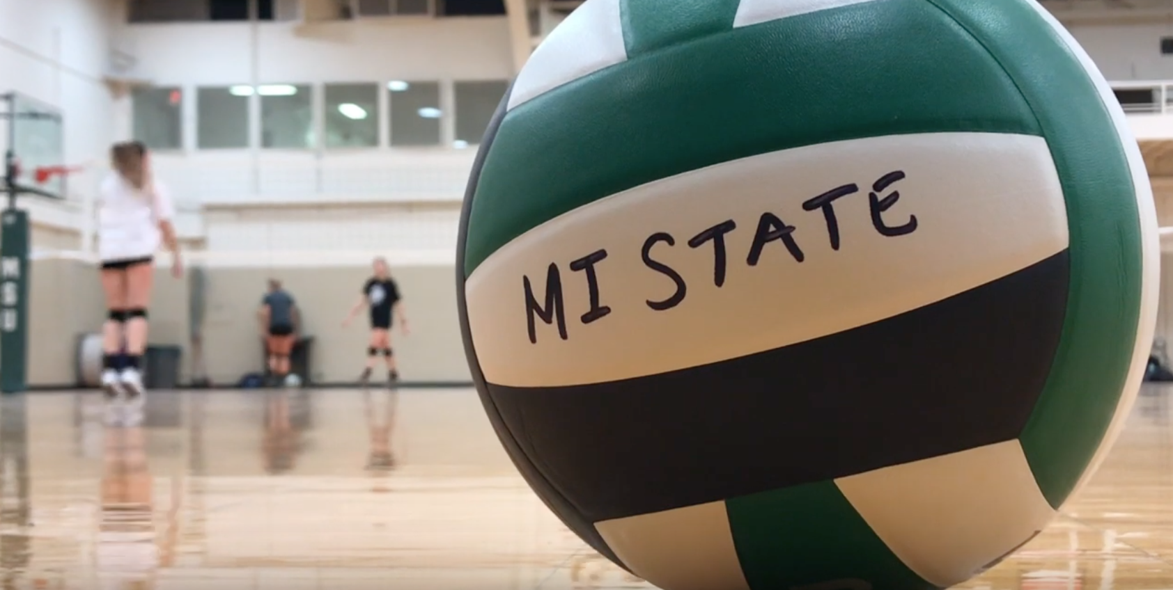 Michigan State S Women S Club Volleyball Team Offers Opportunity To Stay Involved Wkar