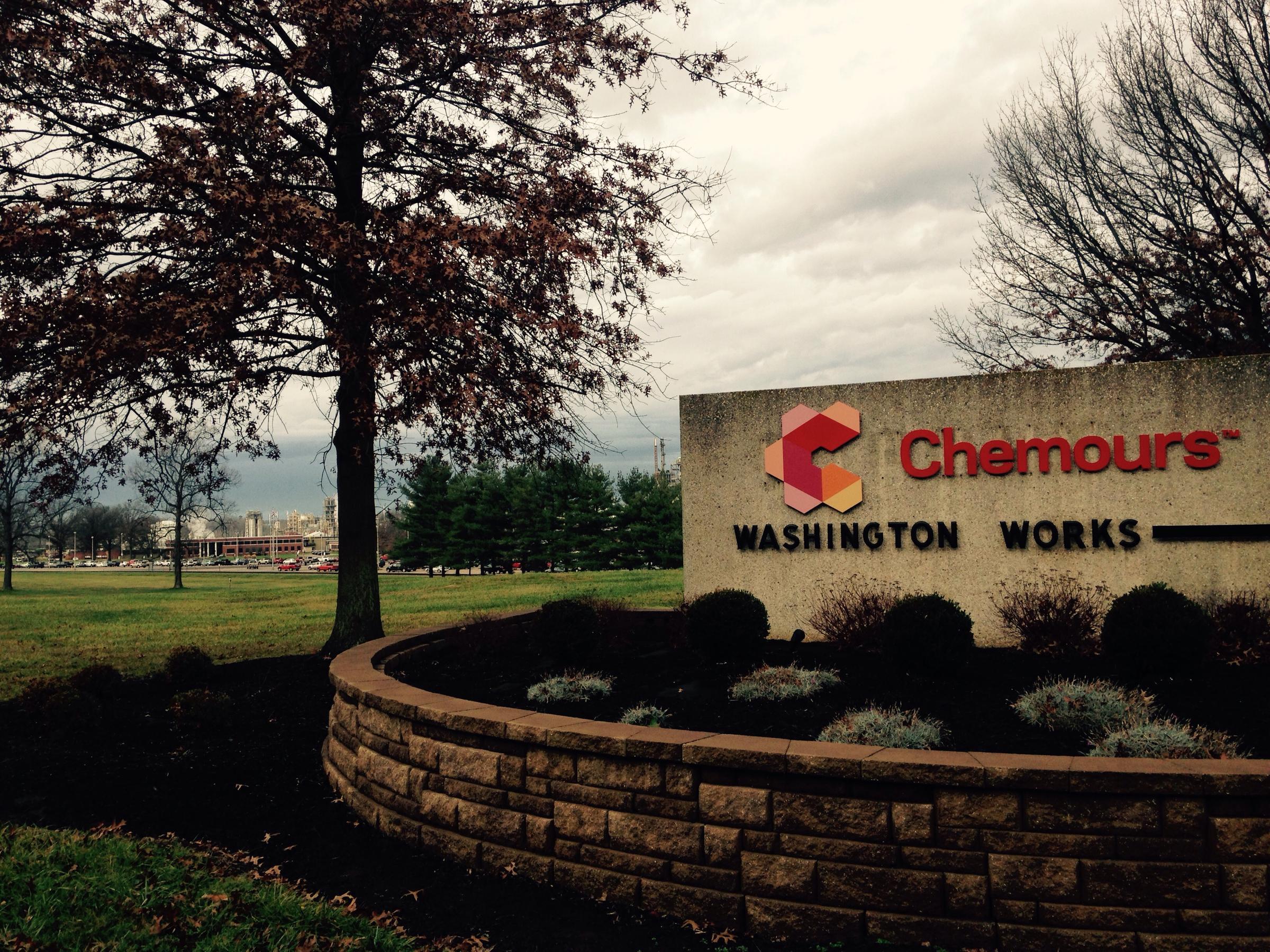 """DuPont Offers $670M Settlement For """"Teflon"""" Chemical"""