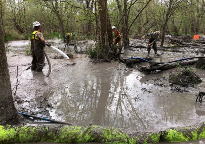 Cleanup of the Tuscarawas River wetlands spill