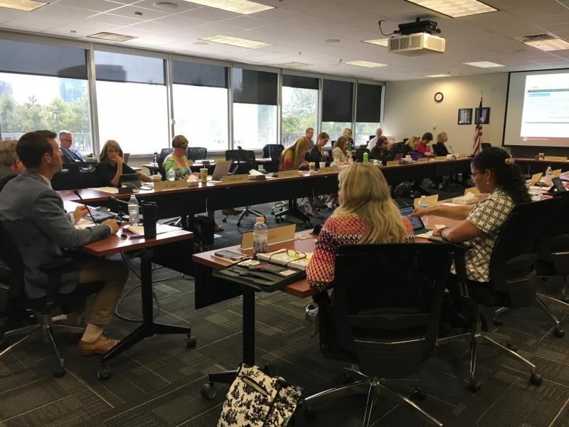 photo of Ohio Board of Education meeting