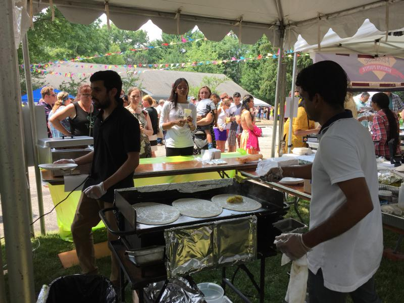photo of dosa making at St. Gregorios