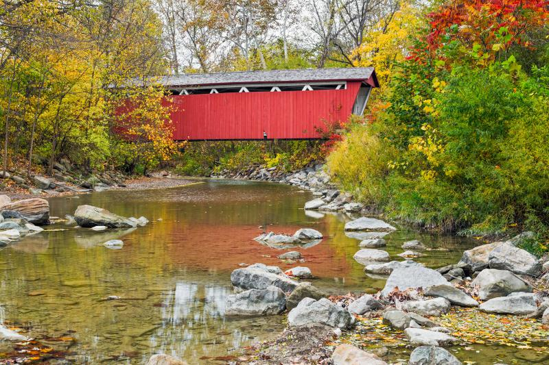 A photo of the Everett Covered Bridge. It crosses Furnace Run in Ohio's Cuyahoga Valley National Park.