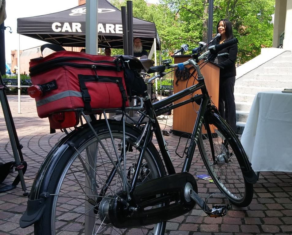 AAA Begins Offering Roadside Assistance for Bicycles in the