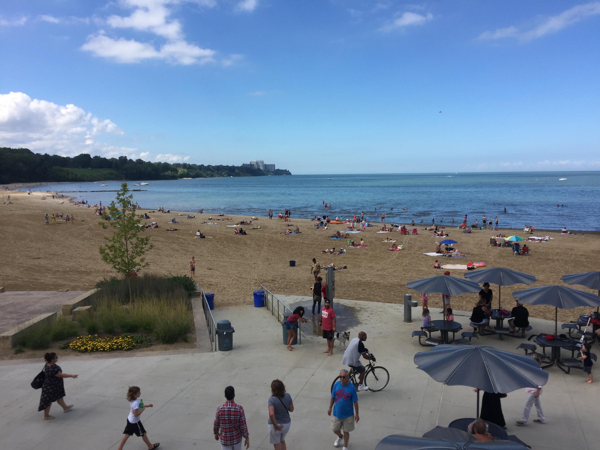 Edgewater Beach In Cleveland Was The Site Of An Alliance For Great Adopt A Cleanup Event Over Weekend Additional Cleanups Will Take Place