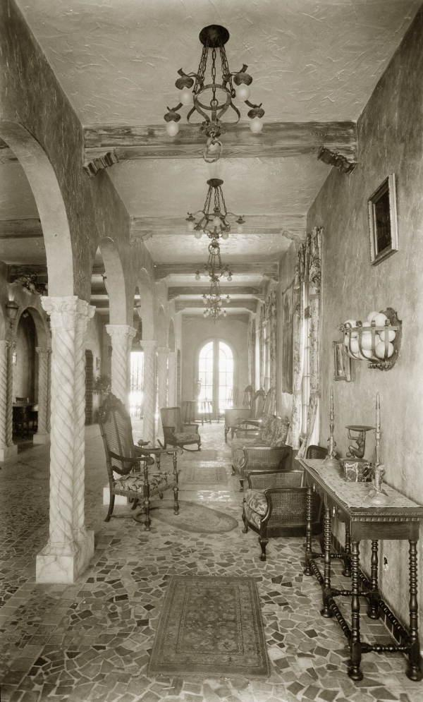 The Interior Of Biltmore Hotel In C Gables Is Rumored To Be Haunted Historic Was Also Used As A Military Hospital And Medical School