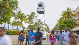 Latin American Herald Tribune - Hip Hop Festival Draws ... |Urban Weekend Miami Herald