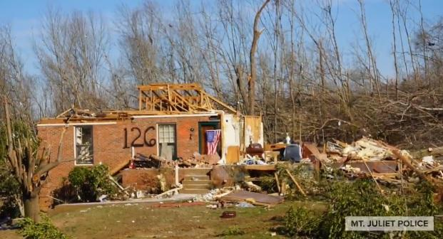 Trump promises to 'take care' of Tennessee tornado victims