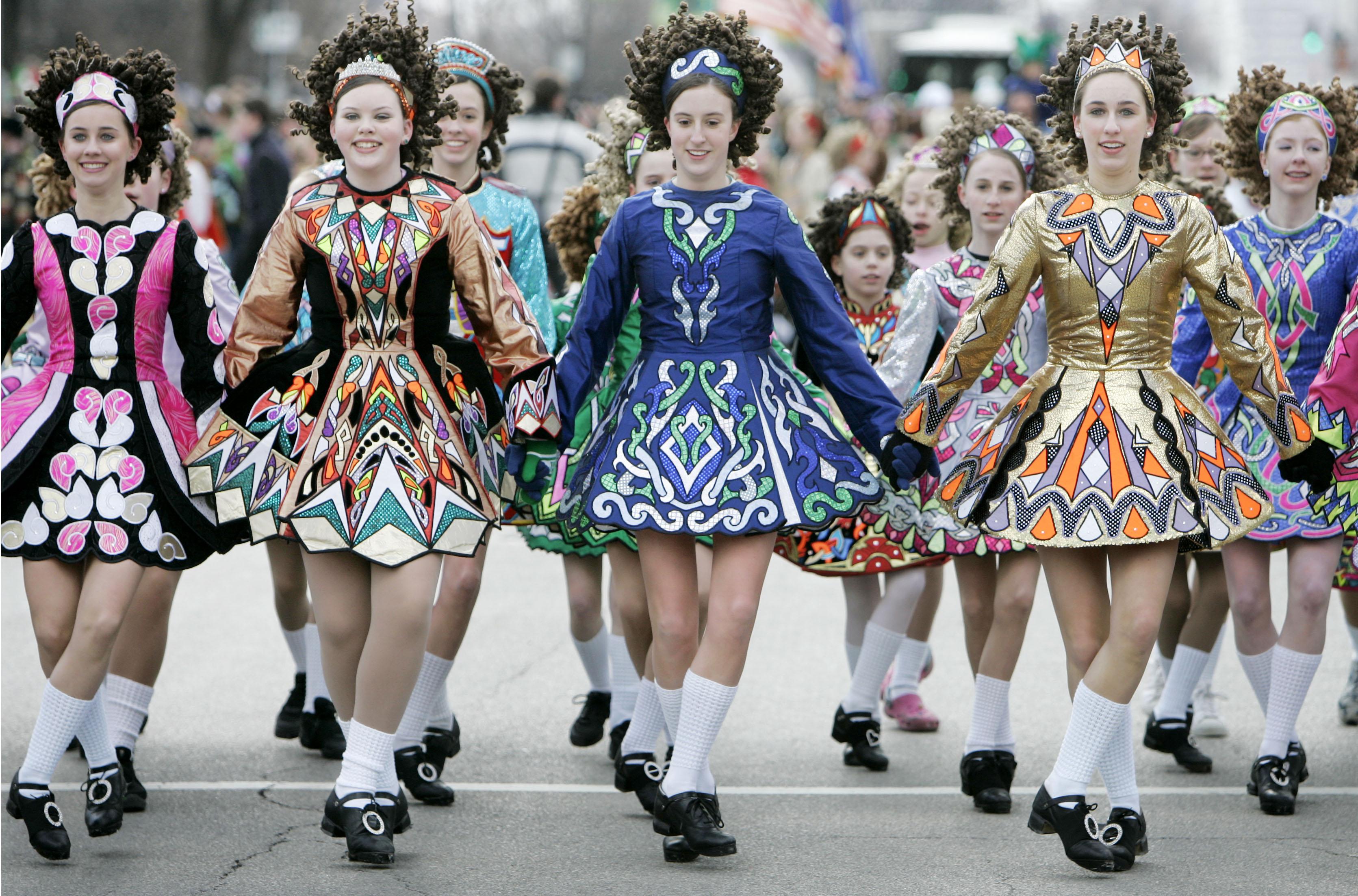 En popüler-halk-dansları