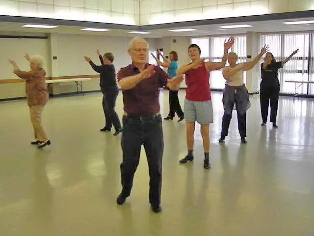 Seniors have fun while tap dancing their way to health | WMUK
