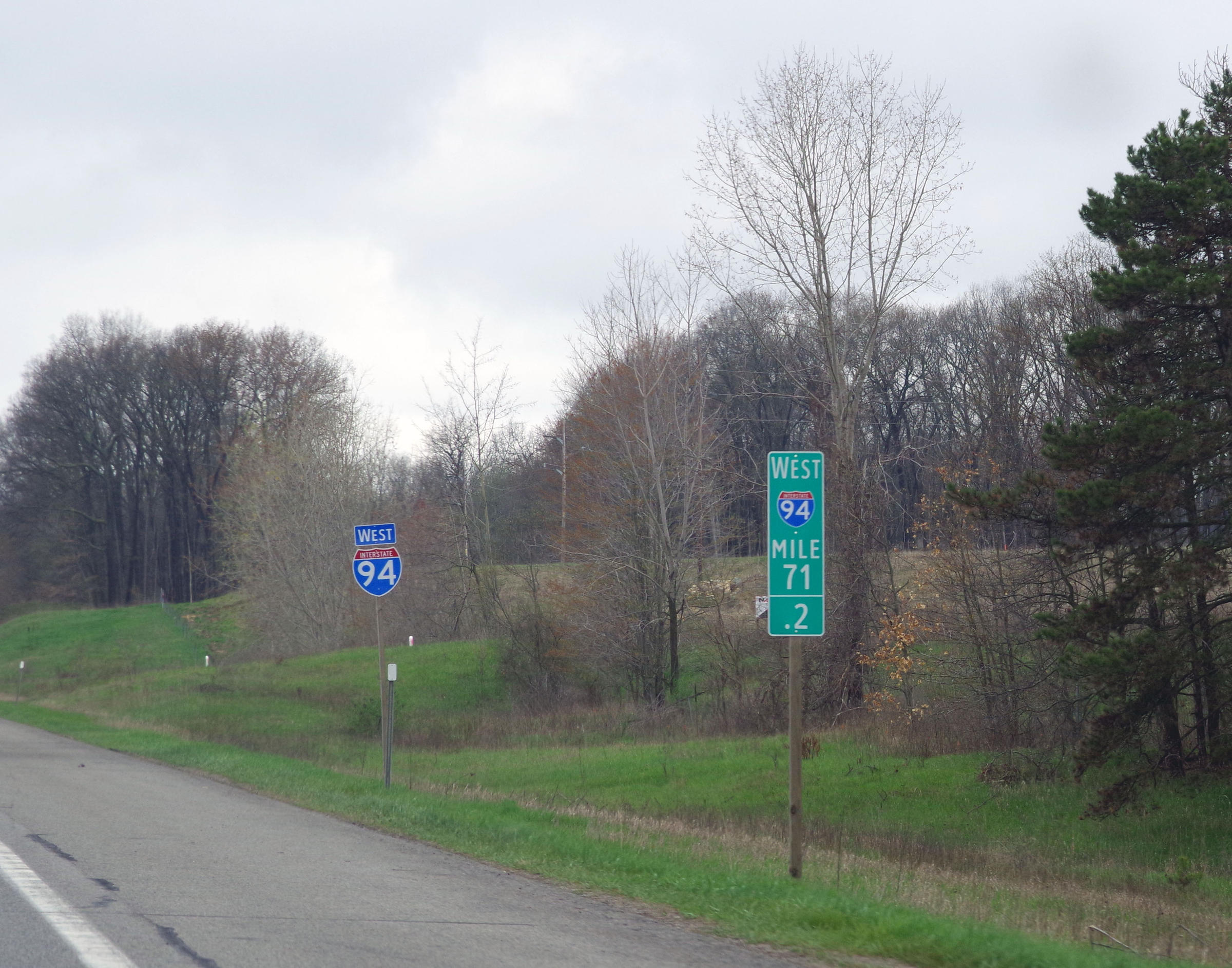 Why Are There So Many Mile Markers on I-94? | WMUK