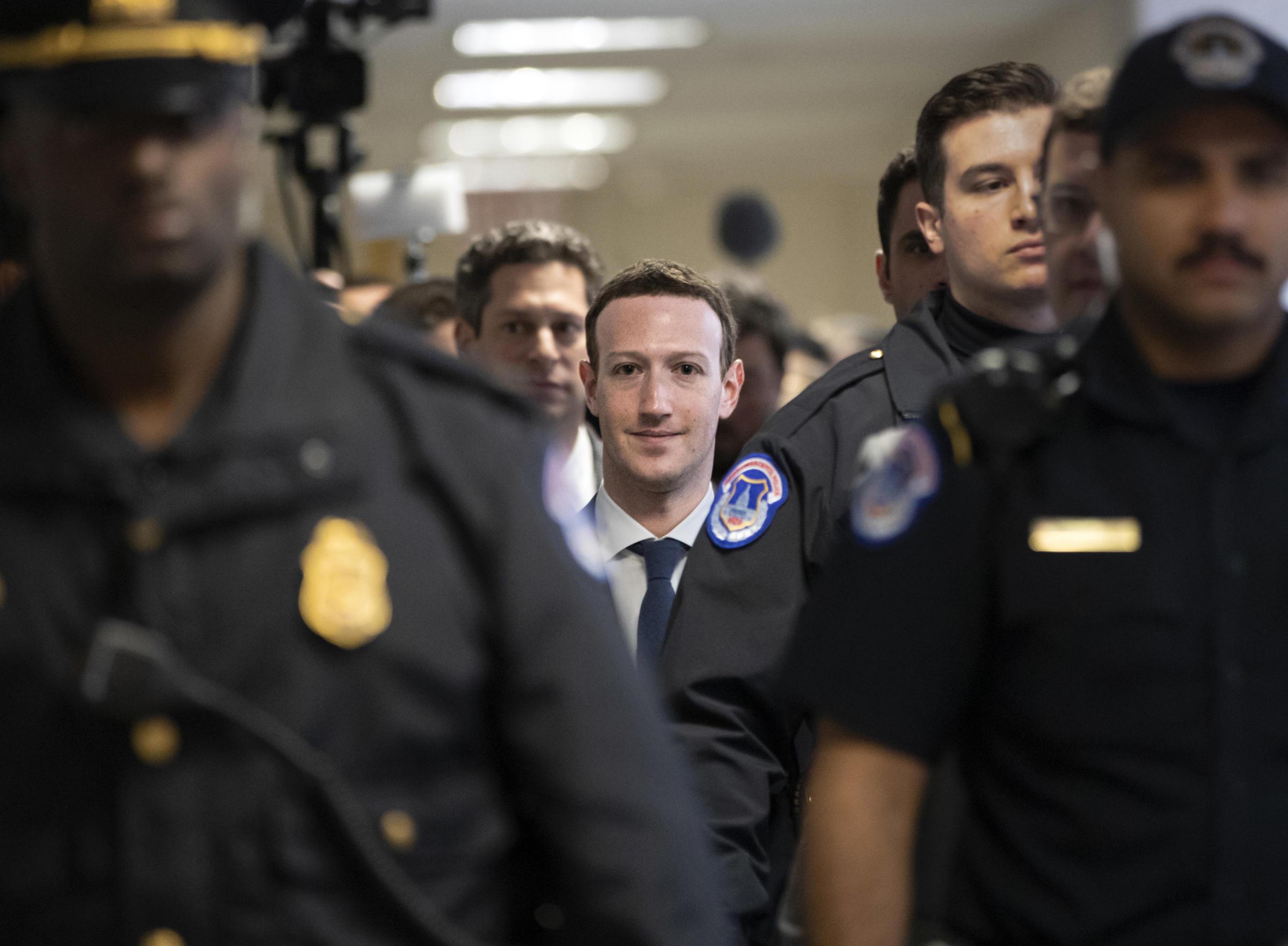 zuckerberg Congress ile ilgili görsel sonucu