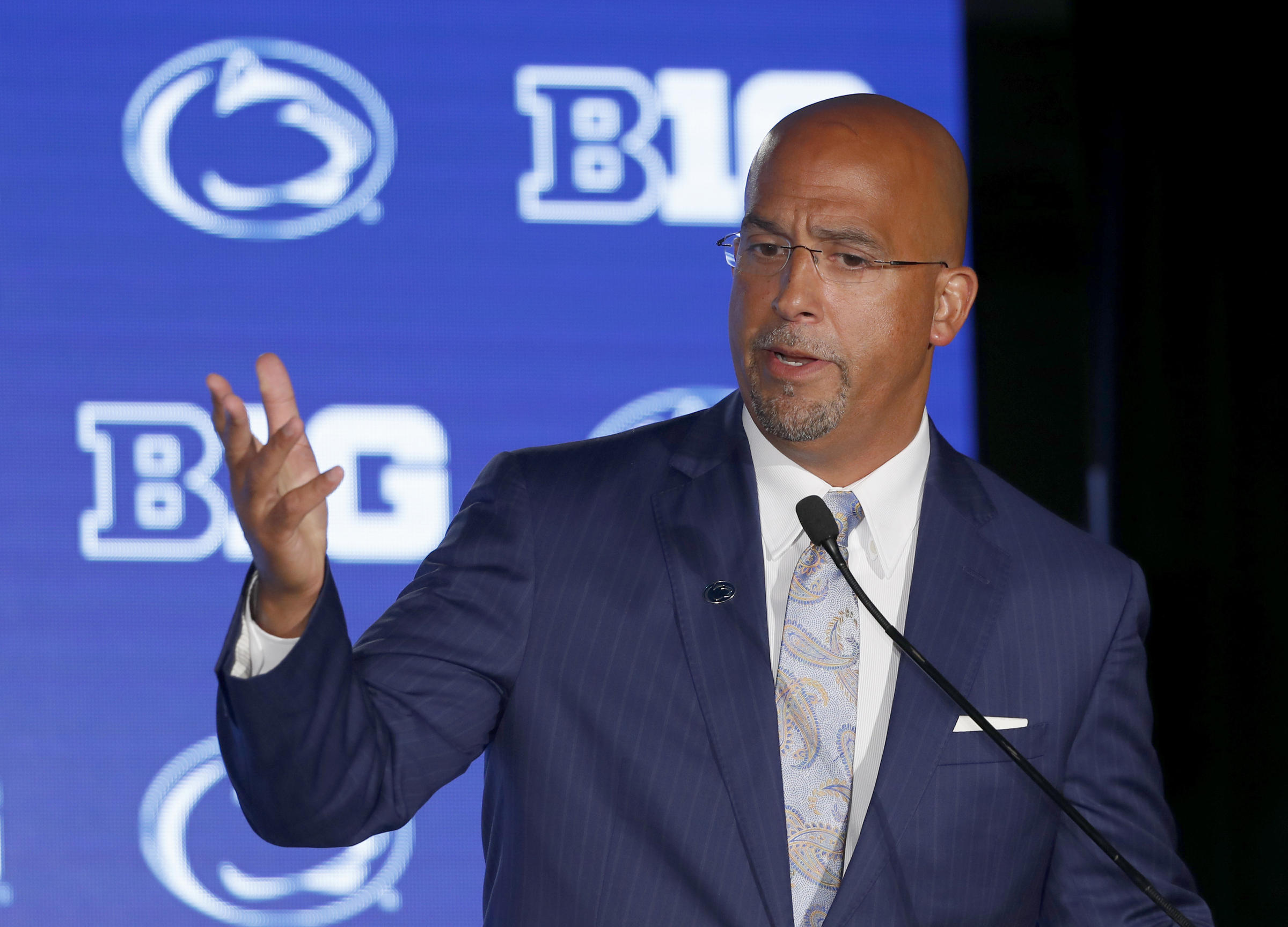 Lawsuit claims Penn State, Franklin pressured doctor to clear players