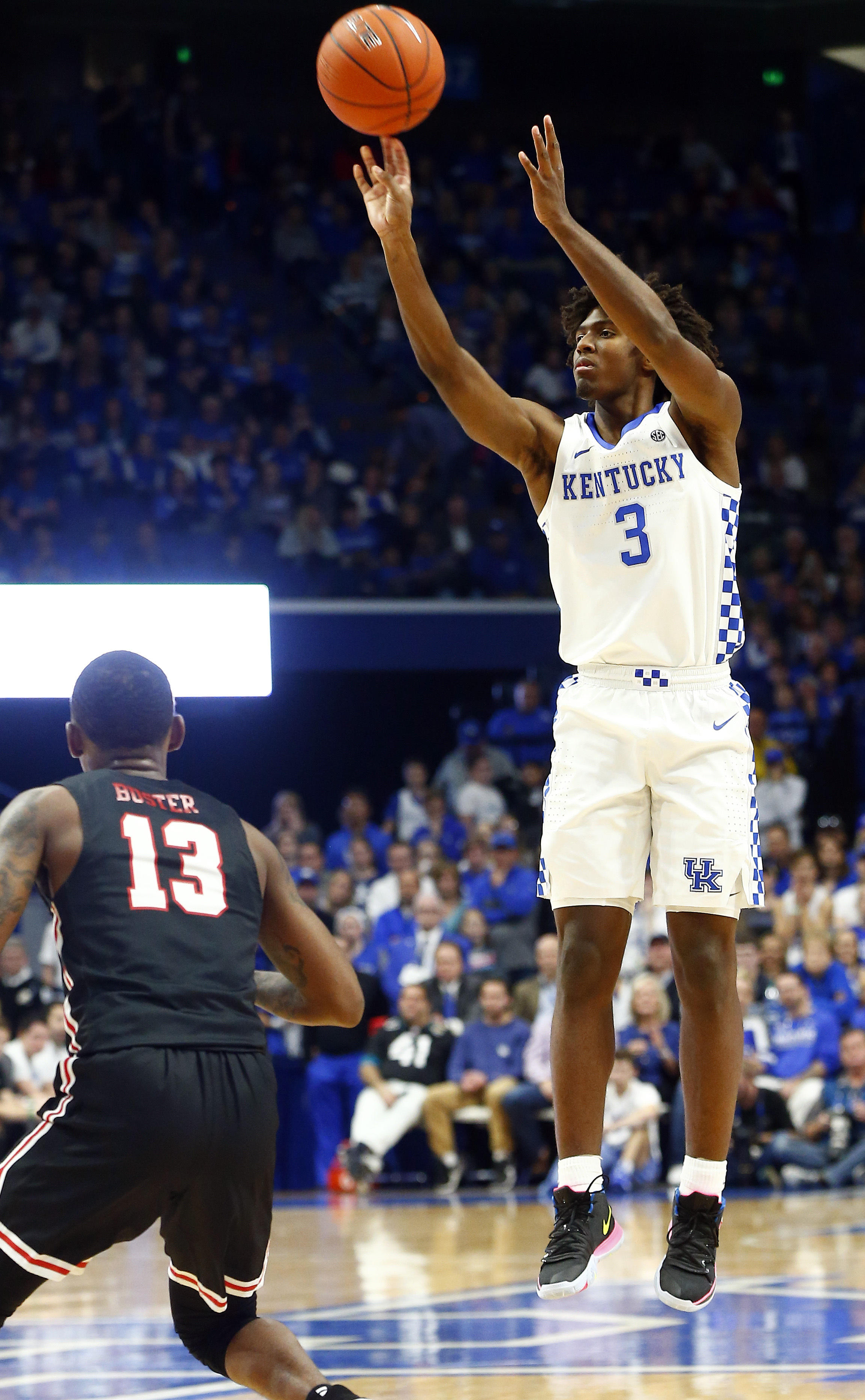 Tyrese Maxey Scores 21 Points In Kentucky S Rout Of Lamar Wuky