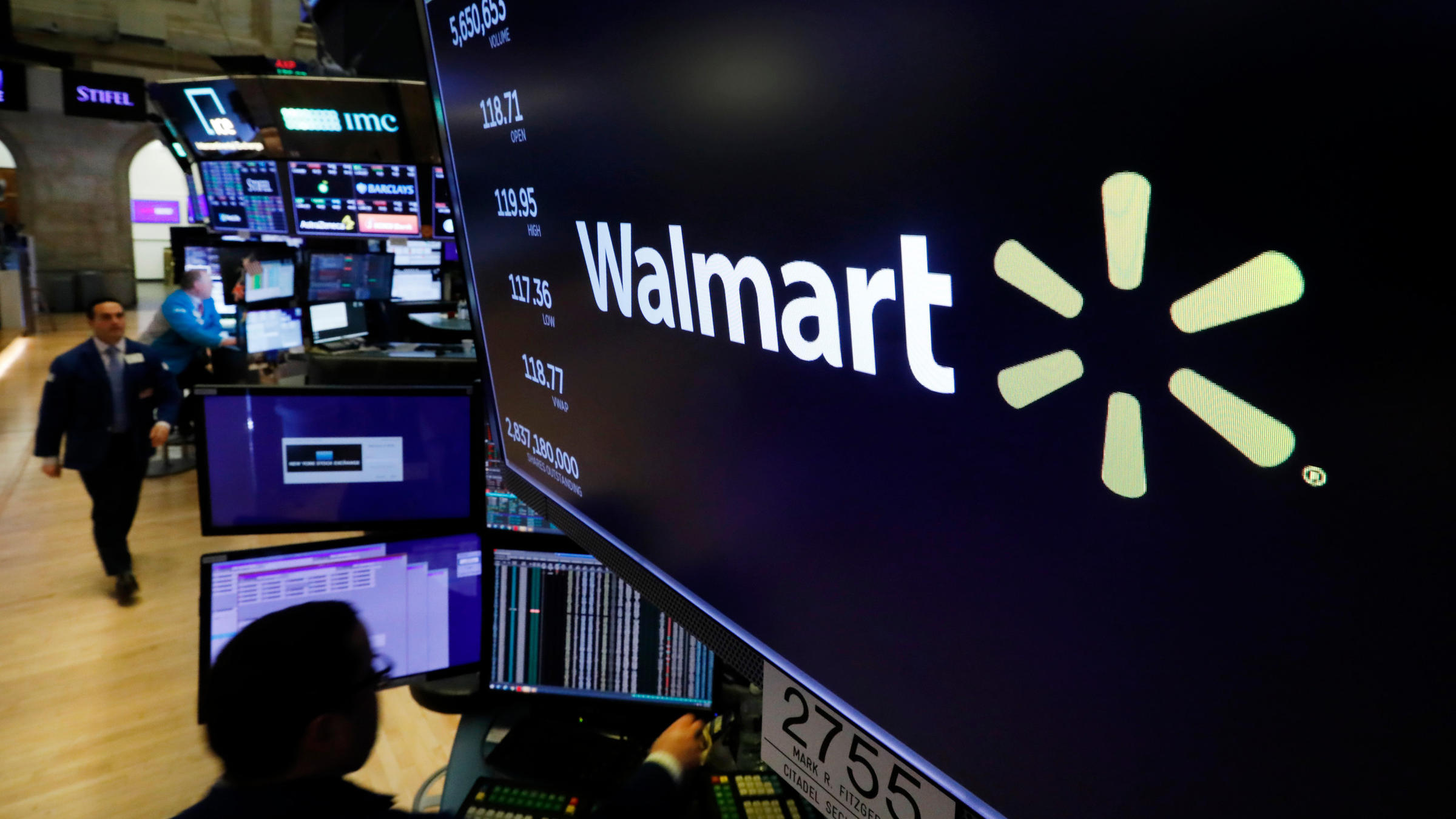 Walmart implements emergency leave policy after associate tests positive for COVID-19