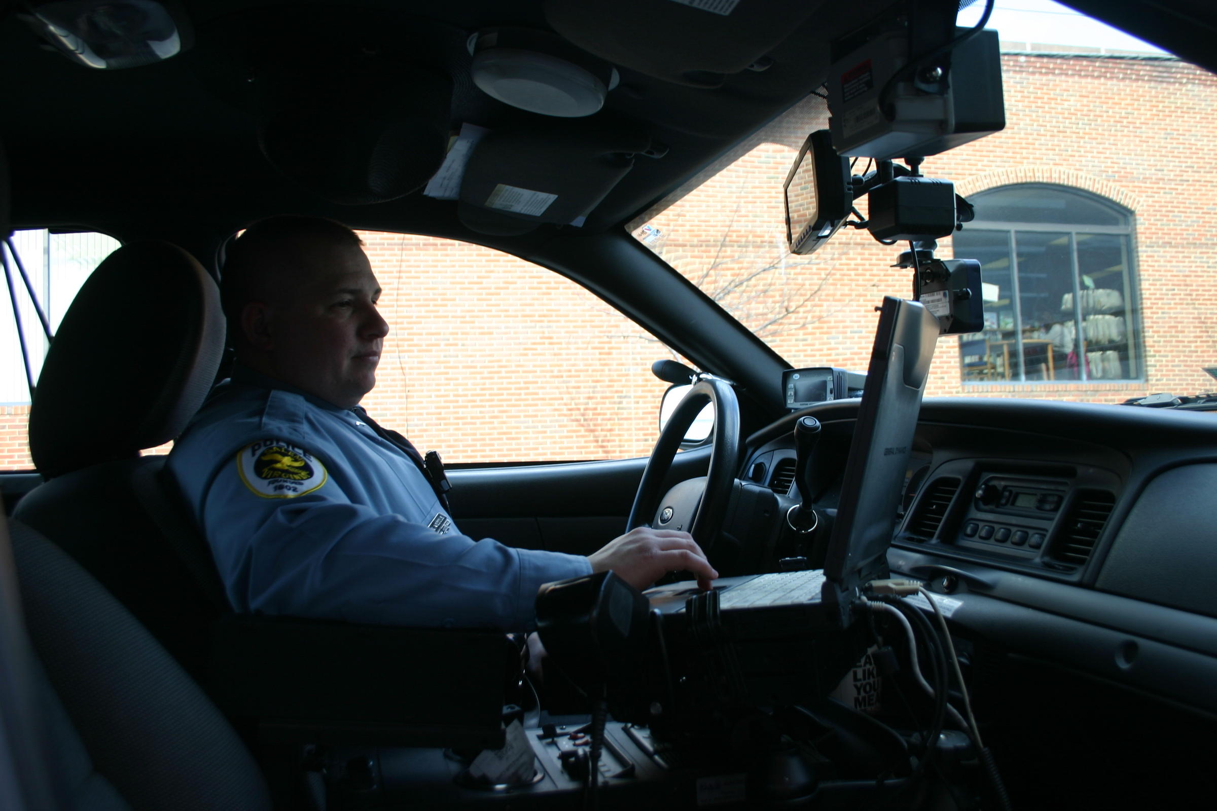 Virginia Police Departments Test E-Traffic Tickets | WVTF
